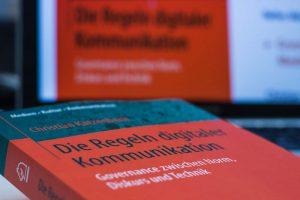Auszeichnung für herausragende Dissertation zu Regeln digitaler Kommunikation